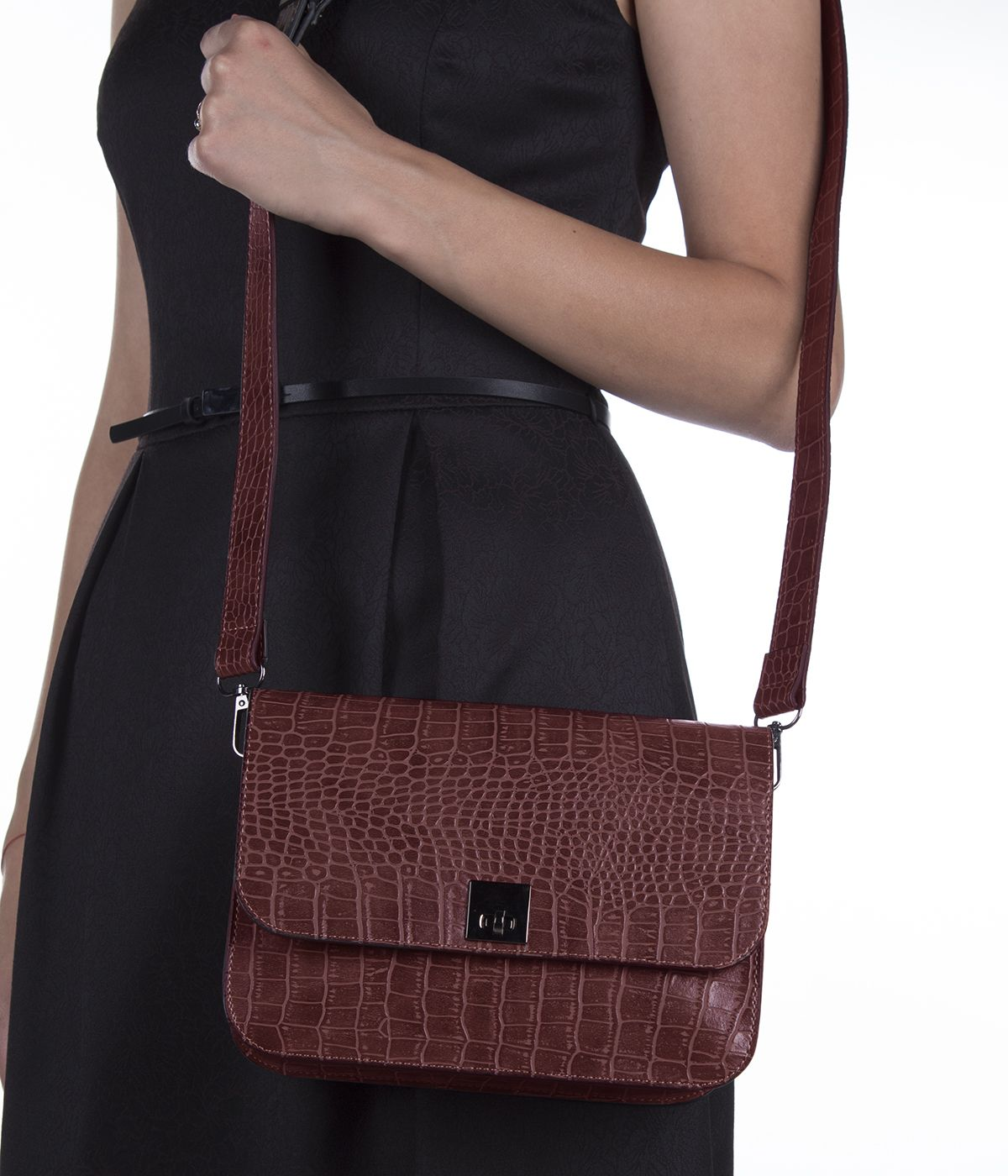 LEATHER BORDO  BAG WITH SNAKE SKIN IMITATION  4