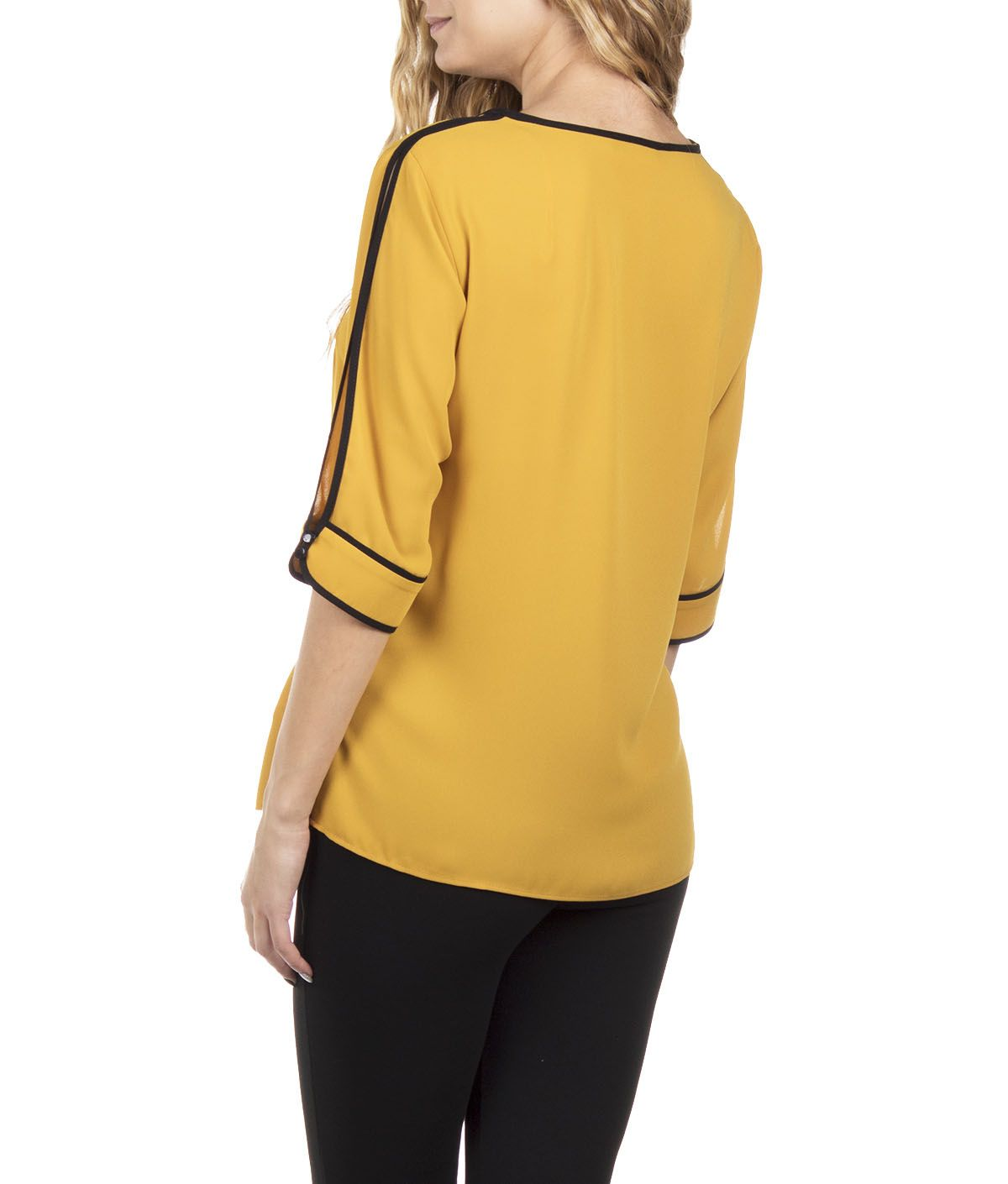 BLOUSE WITH ¾ SLEEVES V NECKLINE AND BLACK PIPPING