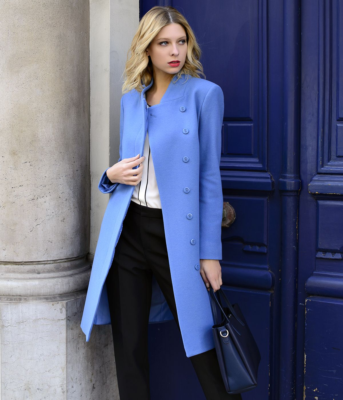BLUE WOOL COAT WITH SIDED CONCEALED CLOSURE 2