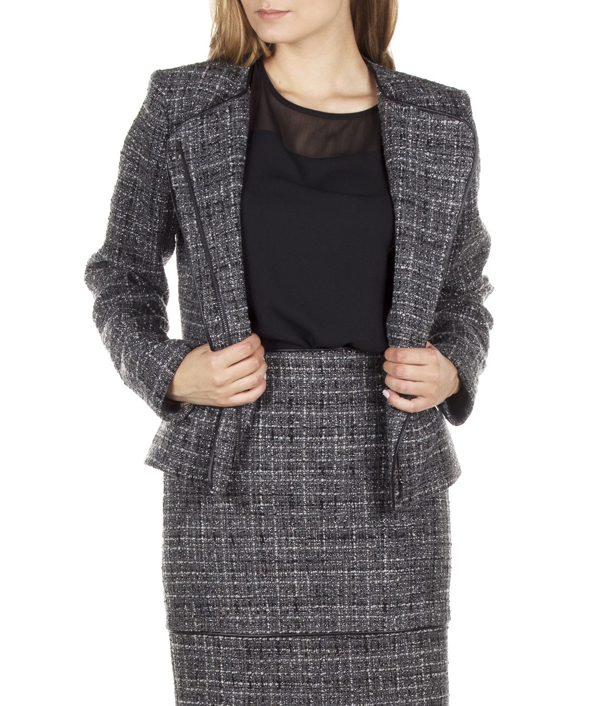 SHORT JACKET WITH ASYMMETRIC CONCEALED CLOSURE 2